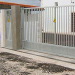Puerta Corredera modelo Tierra galvanizada